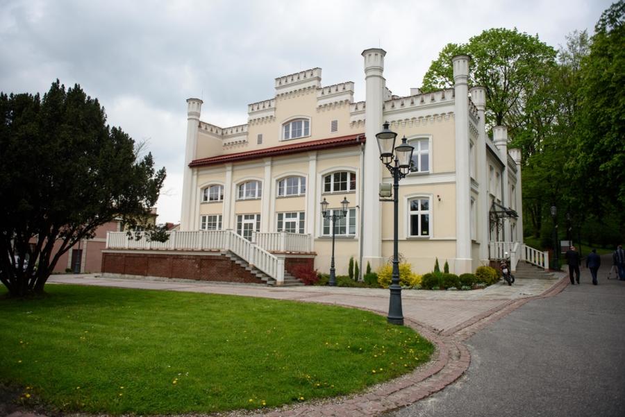 Miasto Tarnów. OTWARTE WYSTAWY W BIURZE WYSTAW ARTYSTYCZNYCH