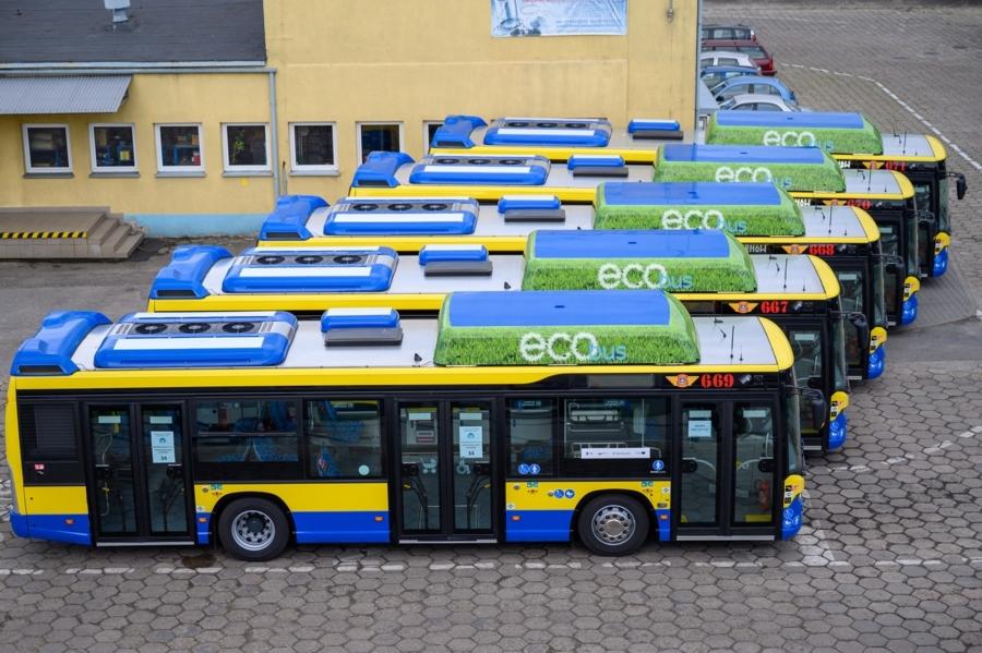 Miasto Tarnów. MPK ZAPREZENTOWAŁO PIĘĆ NOWYCH AUTOBUSÓW