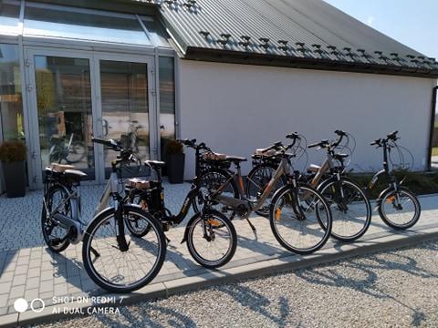 Gmina Zakliczyn. Otwarcie wypożyczalni rowerów elektrycznych dla seniorów