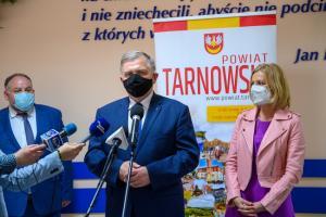 Powiat tarnowski. Podpisanie umowy na drugi i ostatni etap remontu mostu w Ostrowie